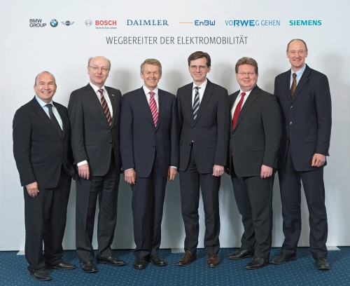 Diese sechs Herren wollen die Elektromobilität in Deutschland vorantreiben