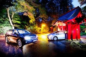 Hybridmodelle: Lexus RX 450h (l.) und Toyota Prius