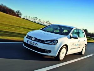 Erste Testfahrt mit dem Elektro-Golf. Foto: Volkswagen