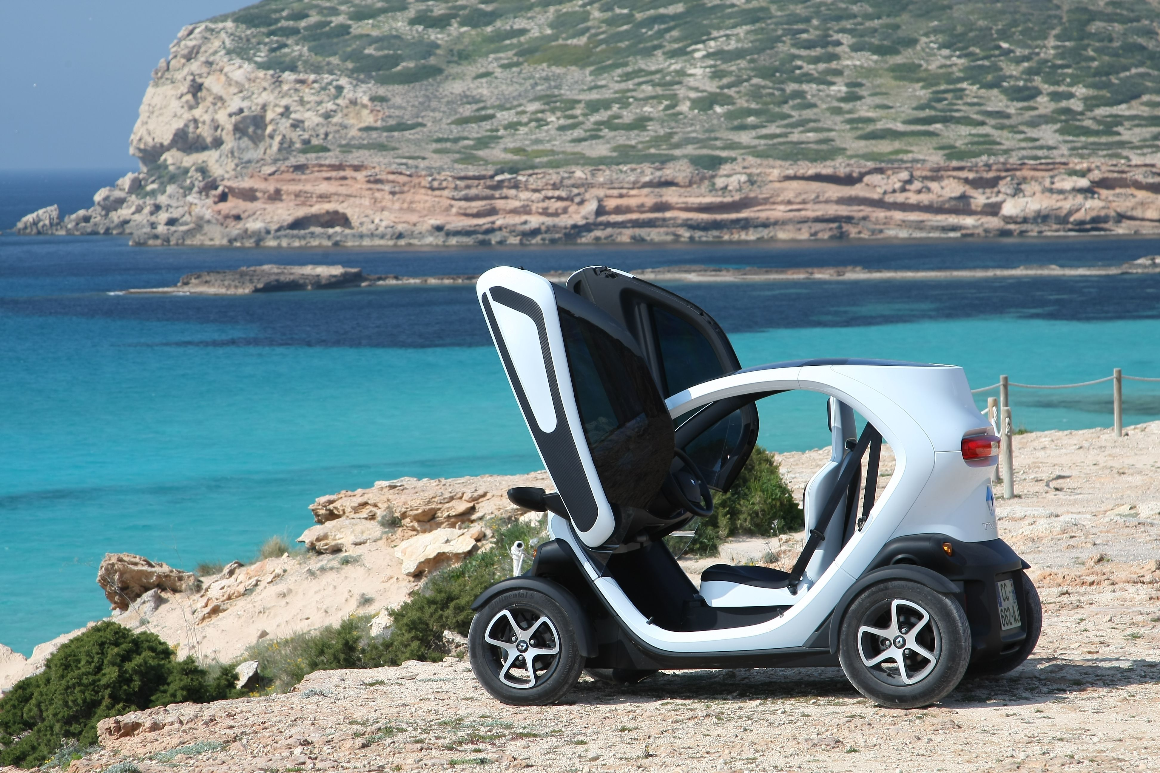 renault twizy mister gaga das elektrische fahrtenbuch. Black Bedroom Furniture Sets. Home Design Ideas