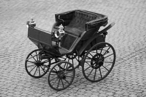 Flocken 1888: So sah und sieht er aus, der erste Elektrowagen der Welt.