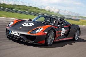 1305_Porsche_918_Spyder_960x640