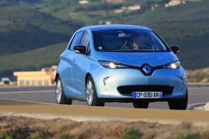 Der Zoe ist eines der wenigen Autos, die ausschließlich für den Elektrobetrieb konzipiert wurden. Eine Version mit Verbrennungsmotor gibt es nicht.