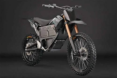 Ein Motorrad für alle Fälle: Die 2013 ZERO MMX kann sogar durch bis zu einem Meter tiefes Wasser fahren.