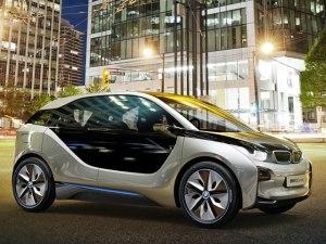 160 Kilometer Reichweite verspricht BMW für den i3, auf Wunsch wird er mit Range Extender zu kaufen sein.