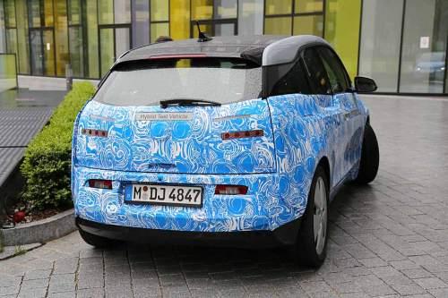 Der i3 ist das erste reine Elektroauto von BMW.