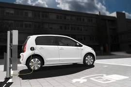 In der gesamten EU sollen Elektroautofahrer 2020 genügend Lademöglichkeiten finden.