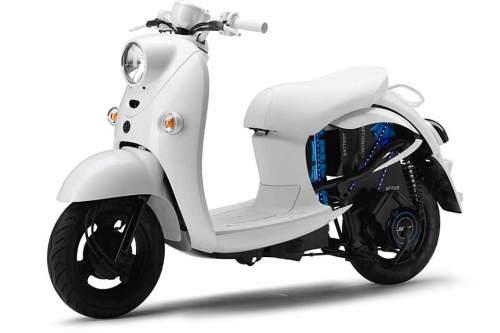 """Yamaha verspricht für den Elektroscooter EVINO einen """"erschwinglichen Preis""""."""
