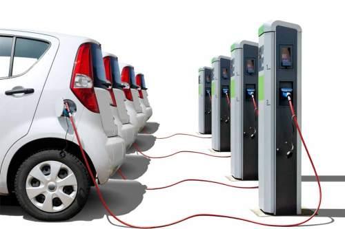 2013 wurden in Deutschland 6051 Elektroautos neu zugelassen.