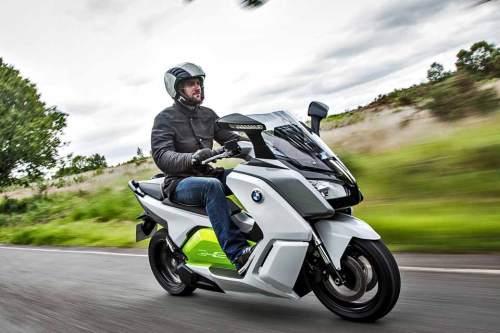 Futuristischer Elektro-Roller mit top Beschleunigung: In 6,2 Sekunden erreicht der BMW C evolution Tempo 100.