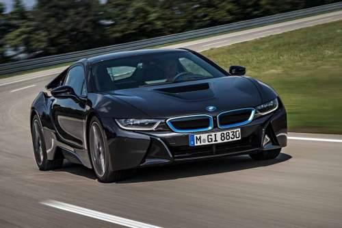 Bei etwa 500 Exemplaren des BMW i8 könnte das Massekabel nicht korrekt mit dem Tank verschraubt sein.
