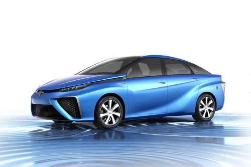 Der Toyota FCV mit Brennstoffzelle geht laut Hersteller in wenigen Monaten in Serie.