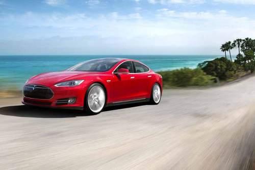 Der Tesla Model S – ähnlich schick, aber kleiner soll das Model III sein.