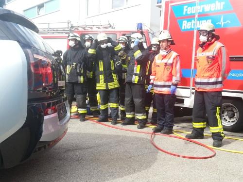 Elektroauto, Unfall, Rettung, E-Auto, Landsberg, Feuerwehr