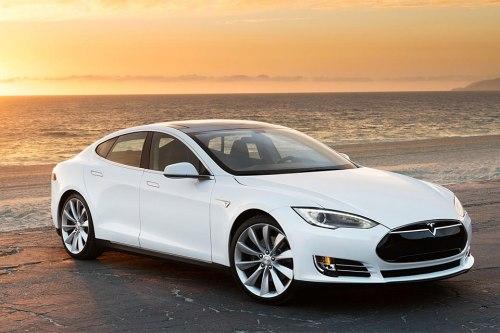 Zufriedenheit auf vier Reifen: das Model S von Tesla würden 98 Prozent der Käufer glatt noch einmal nehmen.