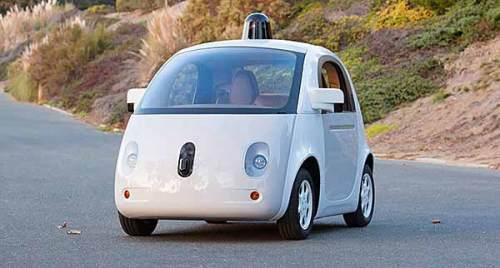 Auch Google experimentiert mit selbstfahrenden Autos.