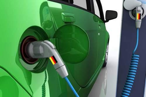Wichtiges Ziel: Öffentliche Ladesäulen, die für alle Elektroautos nutzbar sind.