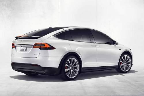 Absolut familientauglich: Kunden können das Model X mit fünf oder sieben Sitzen bestellen.