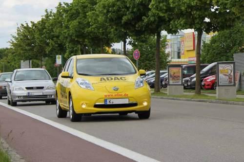 Der Test-Leaf unterwegs auf Deutschlands Straßen.