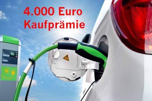 Ab Mai werden reine Elektroautos mit 4.000 Euro Kaufprämie subventioniert, für Hybrid-Modelle gibt es 3.000 Euro.