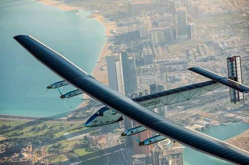 """Die """"Solar Impulse 2"""" hat die Welt umrundet - eine Pionierleistung, die viele Experten noch vor wenigen Jahren für unmöglich hielten."""