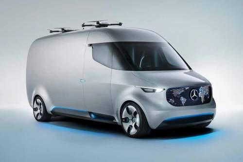 """Elektrisch, mit zwei Drohnen auf dem Dach, ohne Fahrer: Der Mercedes """"Vision Van""""."""
