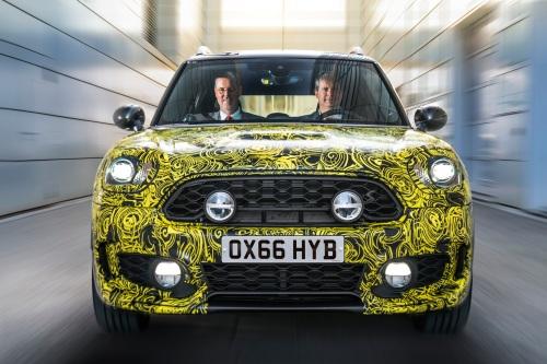 Mini unter Strom: Die BMW-Tochter hat für die nahe Zukunft ihr erstes offizielles Plug-in-Modell angekündigt. Quelle: BMW.